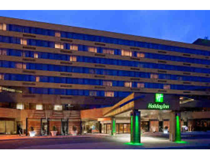 1 Night Stay at Holiday Inn Secaucus with Breakfast for 2 & $40 GC to Al Di La Restaurant - Photo 1