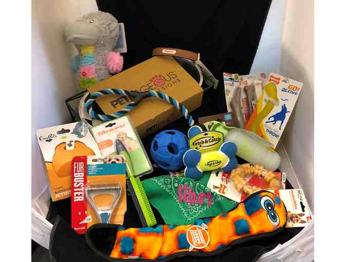 Puppy Tail's Gift Basket