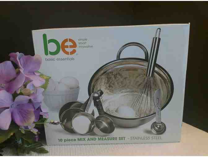Basic Essentials 10 Piece Mix and Measure Set