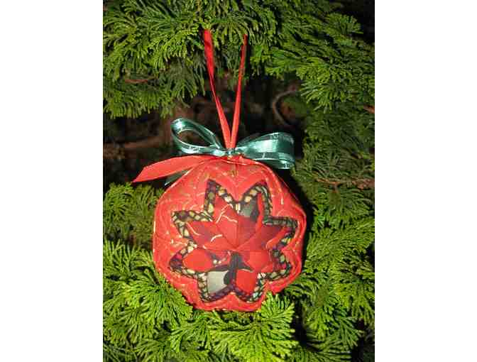 Christmas Ornament_Red/Green Ribbon