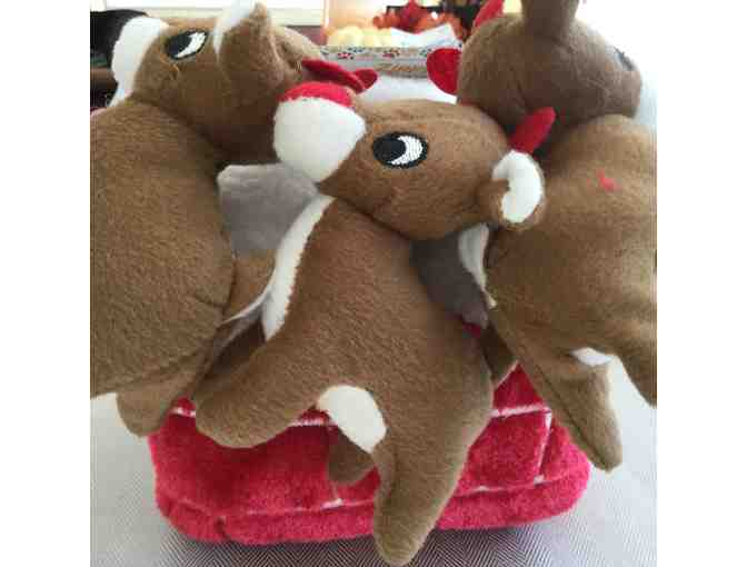 Dog holiday chimney/3 reindeer puzzle/toy