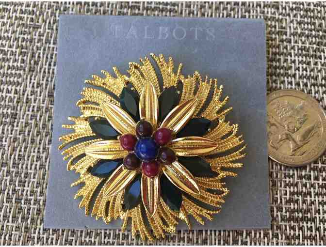Talbots flower goldtone pin