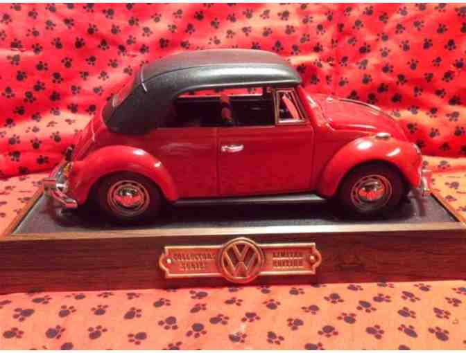 Collectors VW Beetle Phone - Photo 2