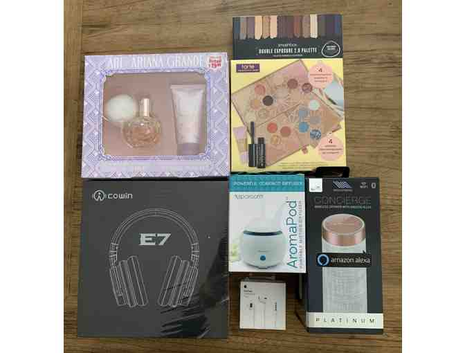 Beauty and Headphones Bundle - Photo 1