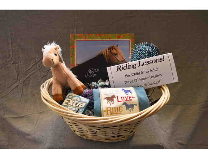 Irish Luck Stables Horseback Riding 3 Lessons and Buckley's or Surf Restaurant Gift Card