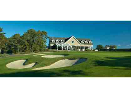 Hampton Hills Golf & Country Club: Golf and Lunch for Three with Member