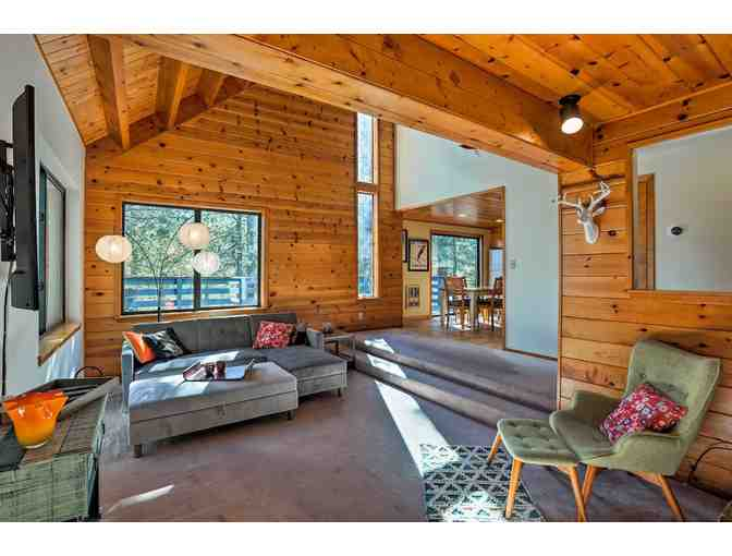 Tahoe Donner Three Night Cabin Rental - LIVE AUCTION