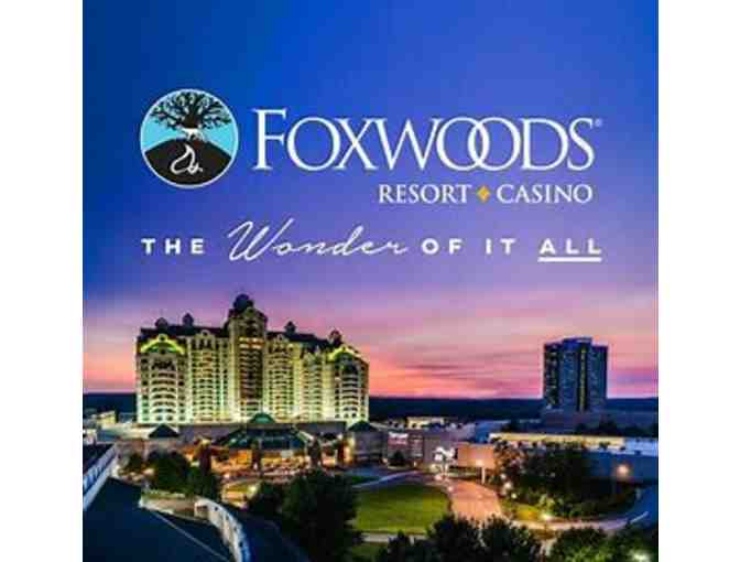 FOXWOODS Deluxe Overnight WITH DINNER!