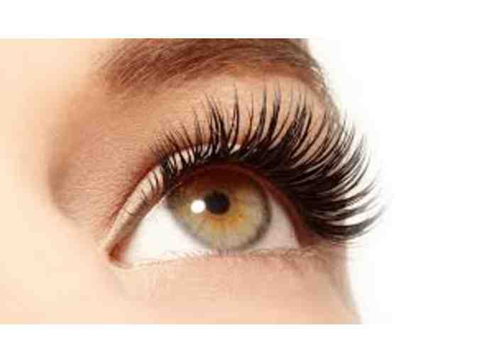 Full Set of Eyelash Extensions from Domino Beauty Boutique