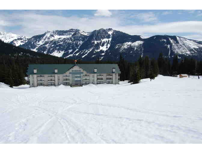Family Getaway for 2 nights at Snoqualmie