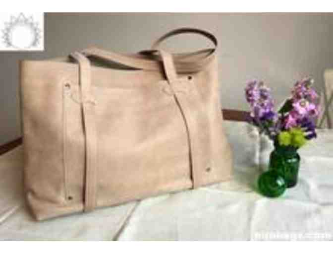 Cargo Tote by Nira Bags