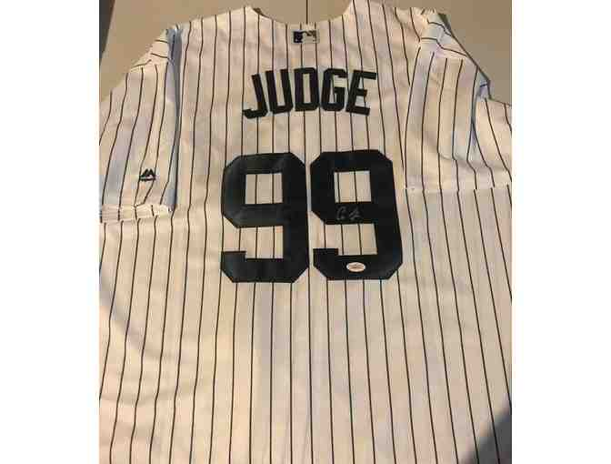 Aaron Judge Autographed Baseball Jersey