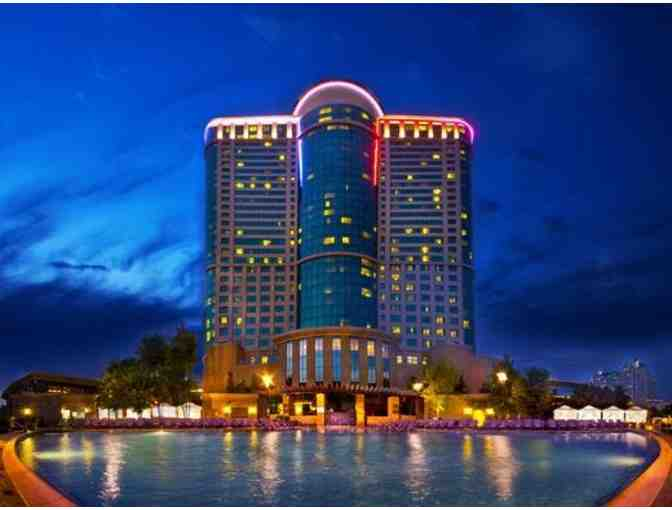 Two night stay for 2 at Foxwoods Resort Casino plus $250 Dining Credit