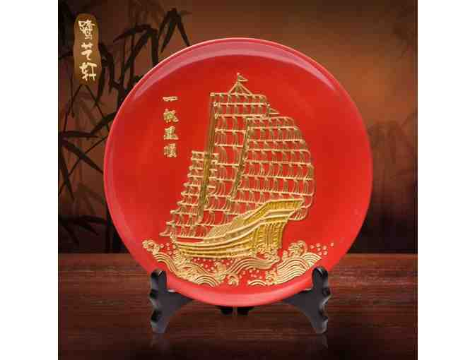 Beautiful Chinese Inspired Snack Bowl with Gold Mainstream Sculpture