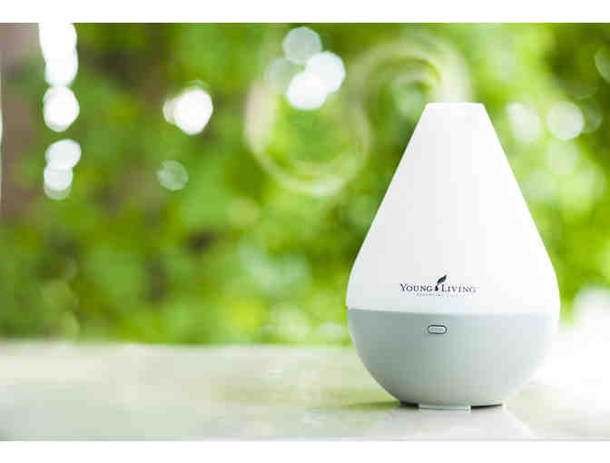 Young Living Dewdrop Essential Oil Ultrasonic Diffuser with Essential Oils