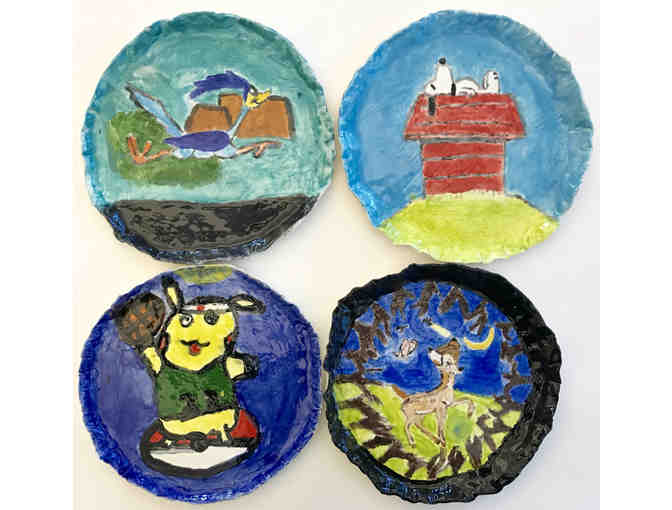 Set of 4 Dinner Plates by the 6th Graders