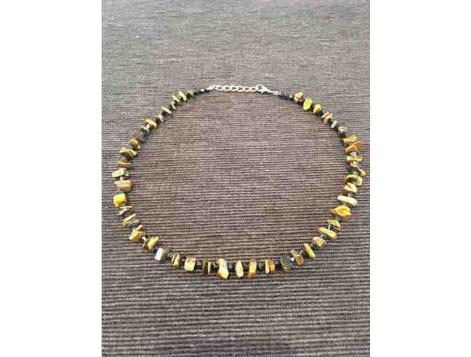 Adjustable-length Tiger's Eye Beaded Choker
