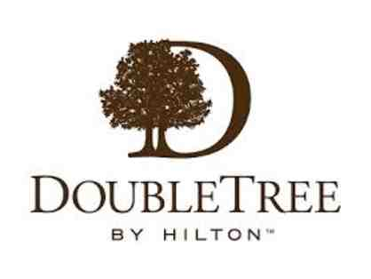 DoubleTree by Hilton (Murfreesboro, TN): One night stay in a Deluxe Guestroom