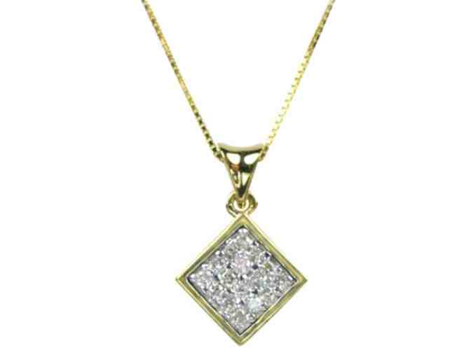 Diamond and Yellow Gold Necklace