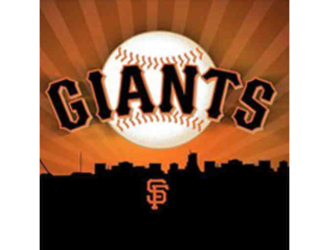 Giants Tickets - 4 Club Level Seats