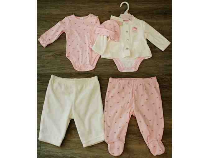 New Baby Girl Clothing - 0-3 month clothing for girls, assorted items - Photo 1