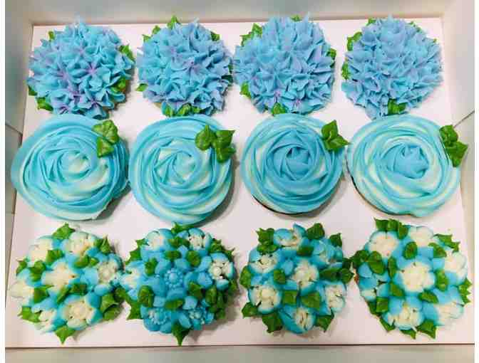 12 buttercream cupcakes by Gingerly Love Cake - Photo 1