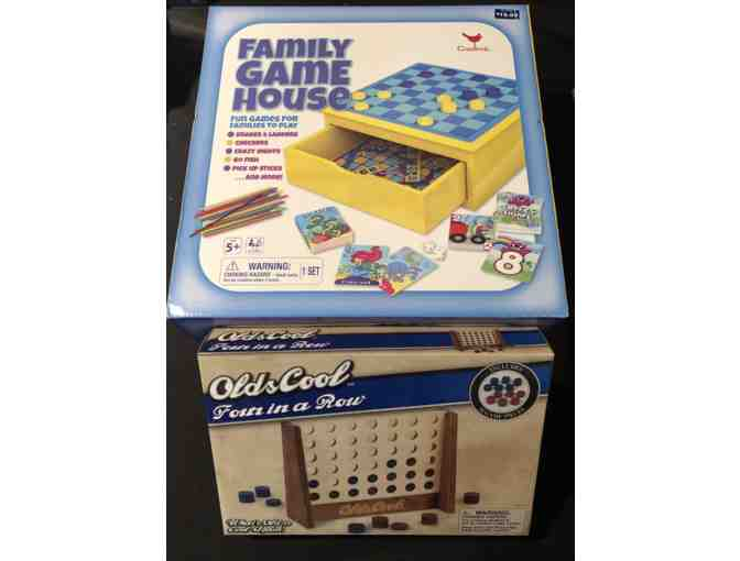 Family Game House and Four in a Row Game