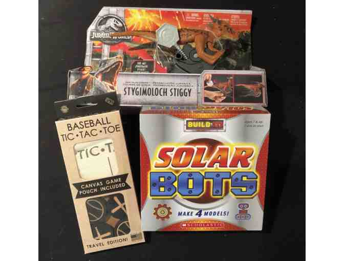 Baseball Tic Tac Toe, Solar Bots, and Jurassic World Rip Run Dinos Stygimoloch Stiggy
