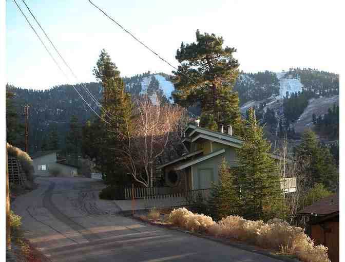 2 Night Stay in Big Bear / Huge Chalet - Photo 3