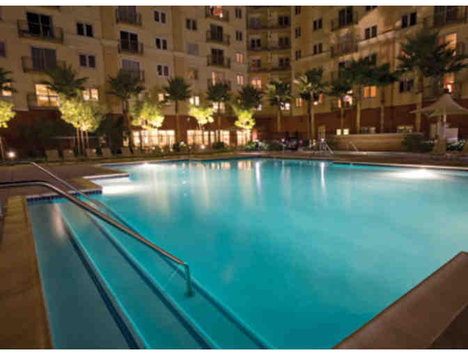 Ultimate Anahiem, California GOLF VACA! Whittier Narrows Golf Course + 3 nights LUXE CONDO