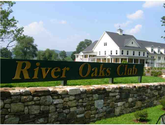 Enjoy Golf for 4 @ The Club At River Oaks Sherman,CT + $100 FOOD Credit
