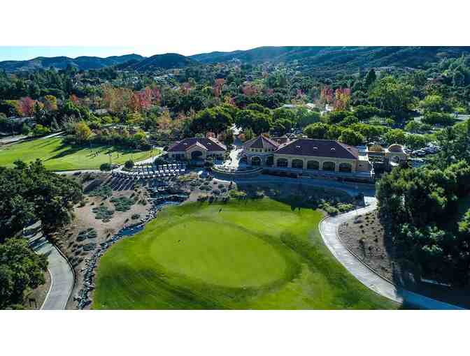 Enjoy foursome Los Robles Greens Golf Course Thousand Oaks, CA + $200 Food Credit