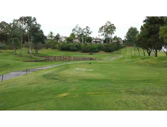 Enjoy foursome Vineyard At Escondido San Diego, CA + $200 Food Credit
