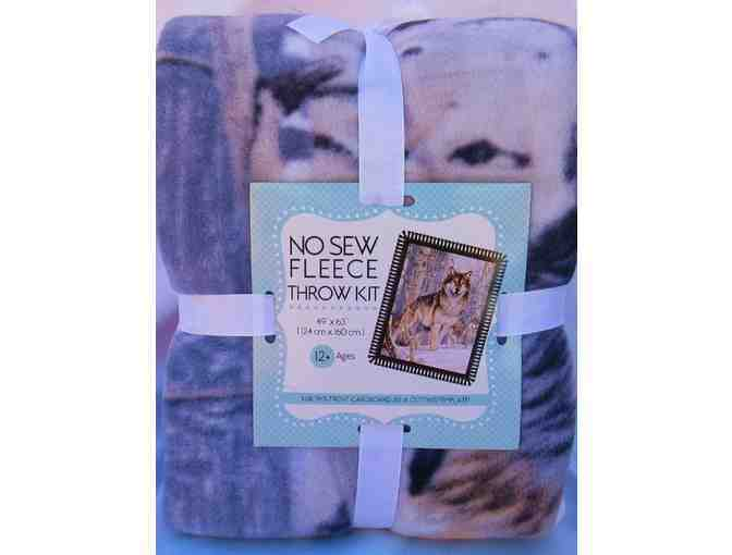 Wolf Fleece Throw Kit and  'Wolves' book  by Shaun Ellis
