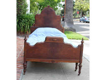 Pair of Twin Antique Beds in Mahogany