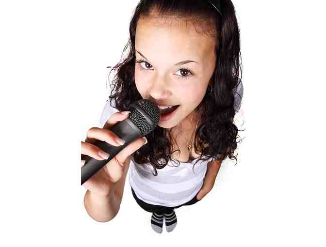 Singing lessons: 2 half-hour lessons