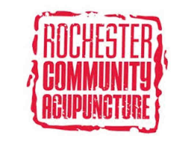 Rochester Community Acupuncture offers an acupuncture certificate