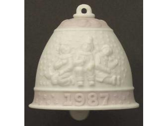 LLADRO 1987 CHRISTMAS BELL (RETIRED)