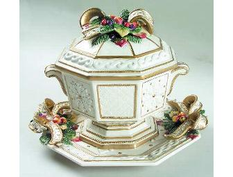 FITZ & FLOYD 'SNOWY WOODS' TUREEN & UNDERPLATE