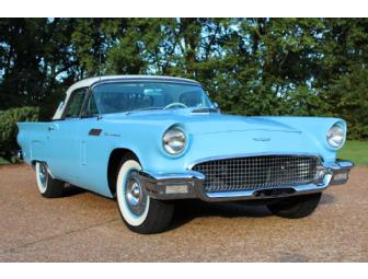 1957 T-bird owned by Michael W. Smith